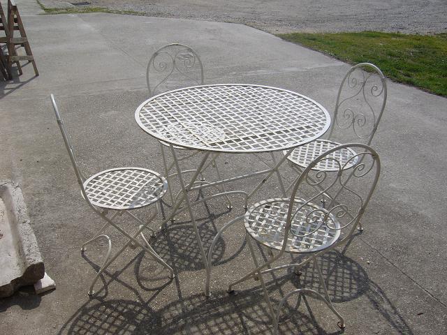 I prodotti tavoli - Tavoli ferro battuto da esterno ...